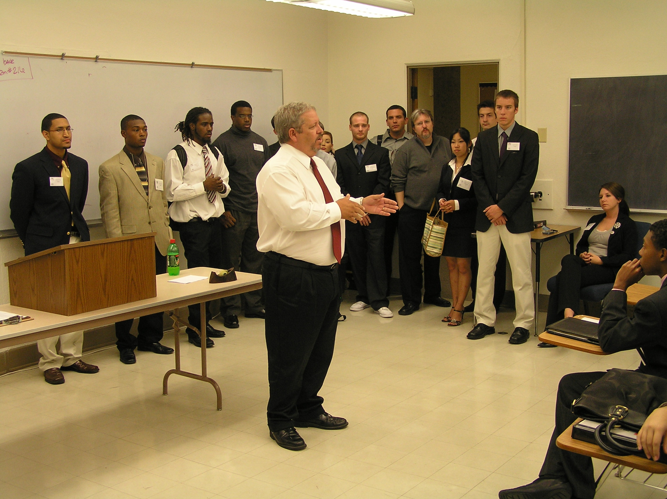 Dr. Rick Stripling, Vice Chancellor for Student Affairs, speaks to students.