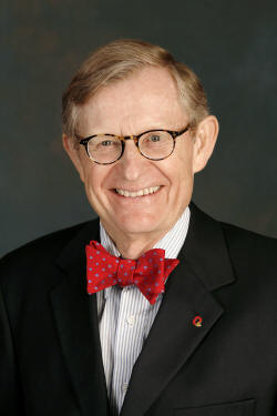 Noted academic and university president Dr. E. Gordon Gee will serve as the commencement speaker at ASU-Jonesboro's Spring 2009 Commencement.