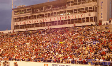 Rock Classic crowd at War Memorial Stadium, Oct. 4, 2003